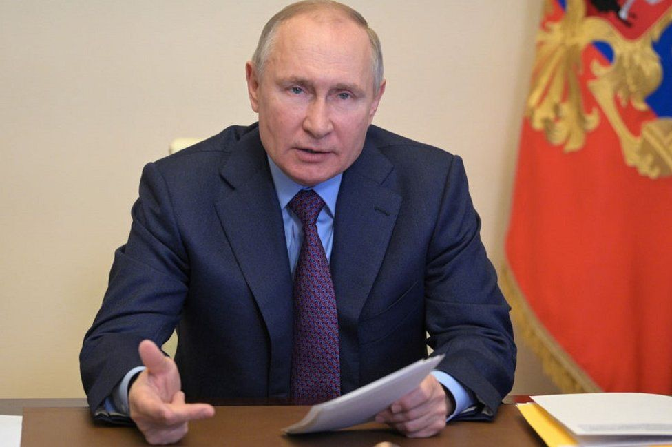 Russian President Putin was seen coughing repeatedly in the meeting, said - it is cold, not Kovid